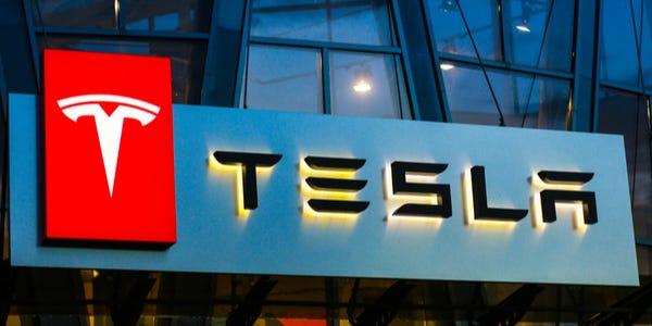 26/4 Tesla dnes hlásí kvartální výsledky. Centy se nadále zlepšují!
