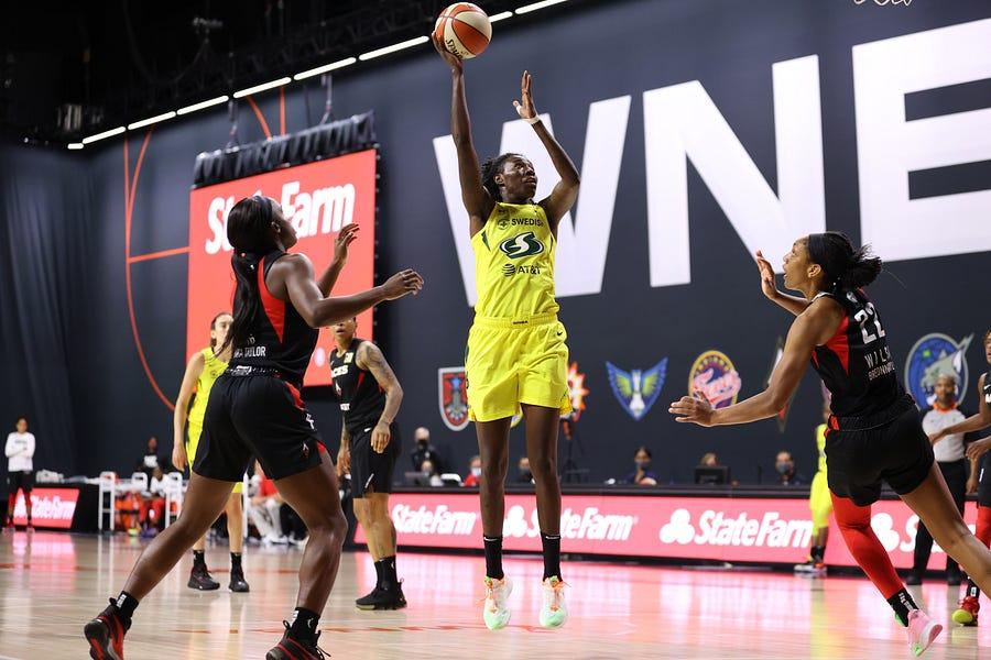 2021 WNBA Free Agency: BIG questions