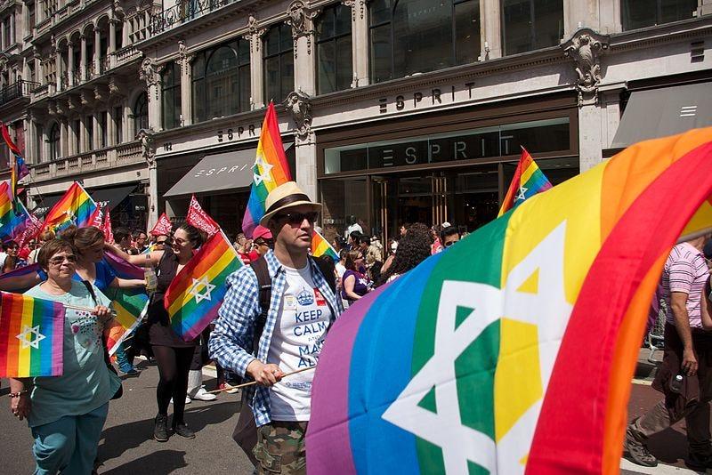 File:Pride in London 2013 - 214.jpg