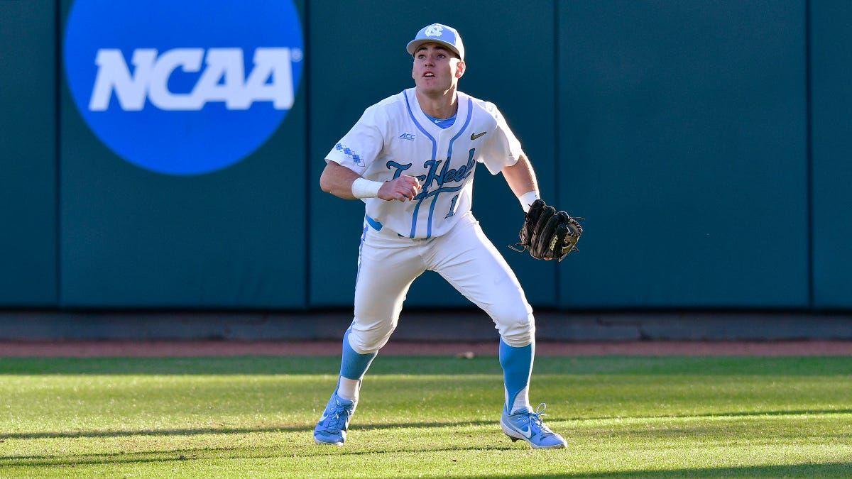 UNC Veterans Step Up in Extra-Inning Win Over South Carolina