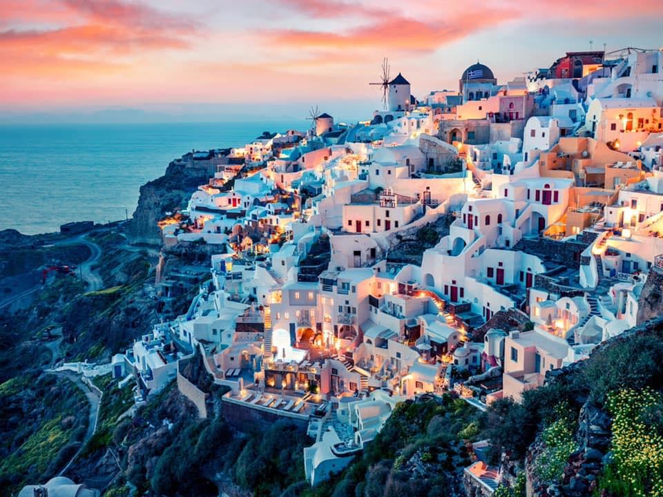 Pavlos' Newsletter (Santorinisecrets)