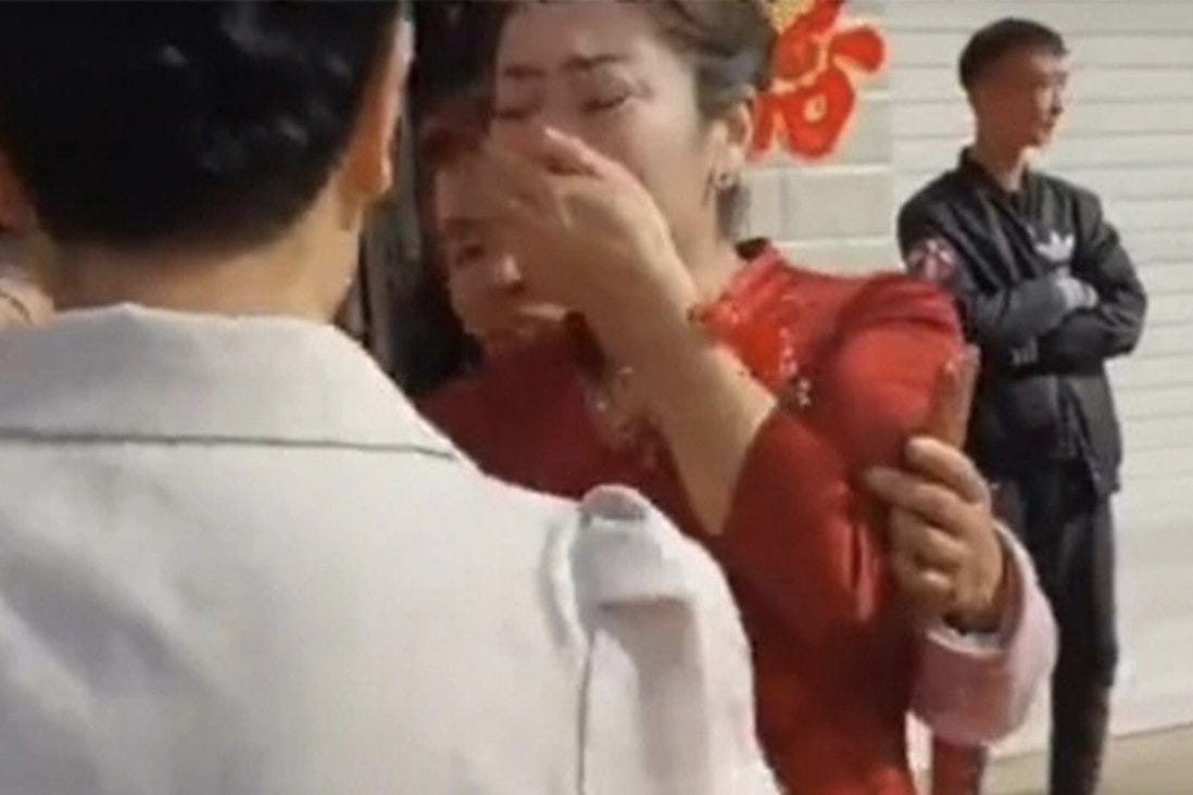 A wedding in China received the shock of a lifetime when the wife's mother-in-law claimed to be her biological mother. Photo: QQ.com