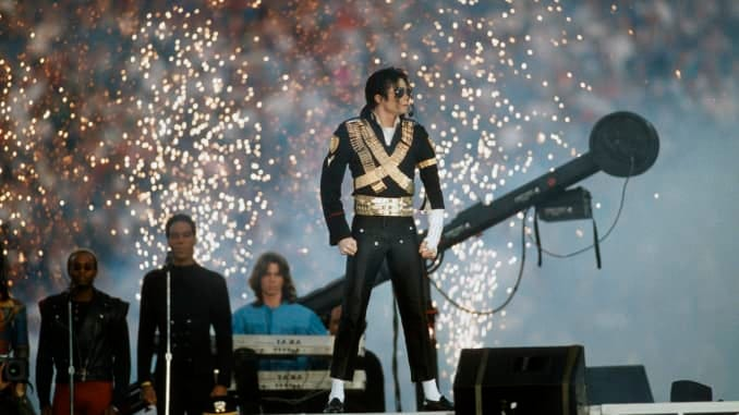 Pop singer Michael Jackson performs during the halftime show of Super Bowl XXVII between the Dallas Cowboys and Buffalo Bills on January 31, 1993 at The Rose Bowl in Pasadena, California.