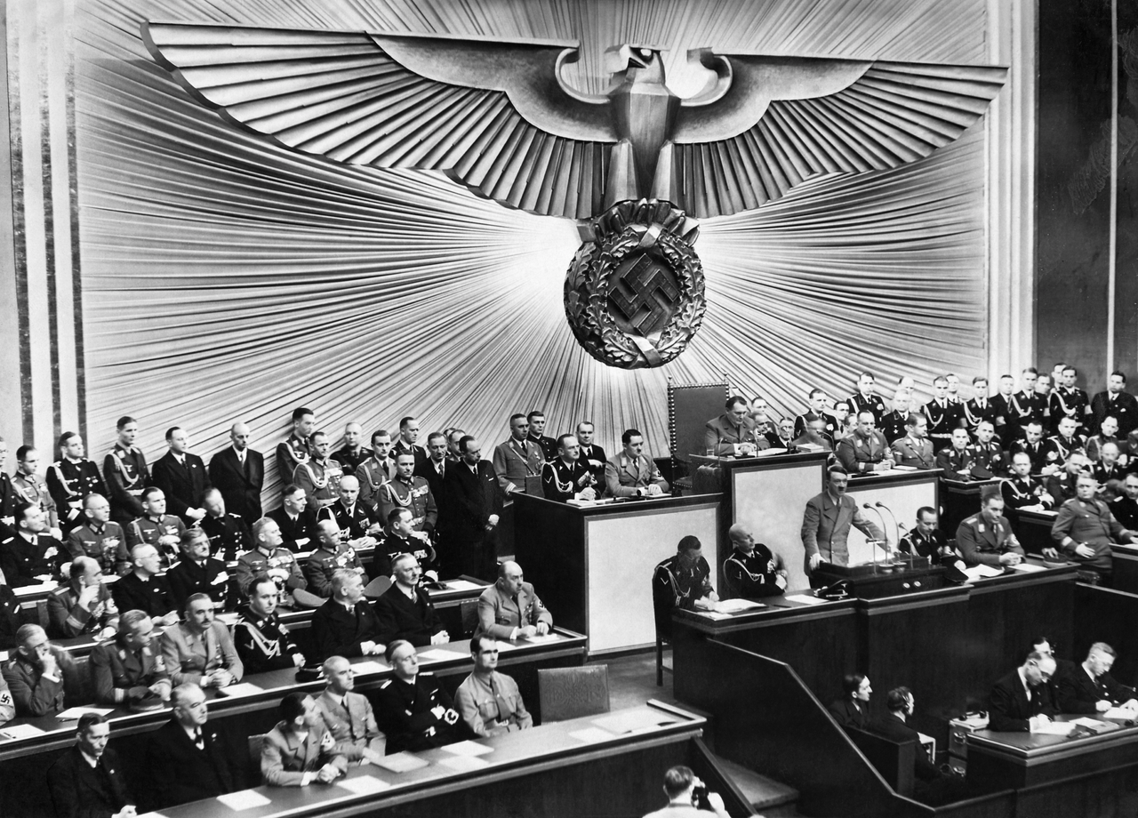 File:Adolf Hitler's speech in the Reichstag, 30 January 1939.png -  Wikimedia Commons