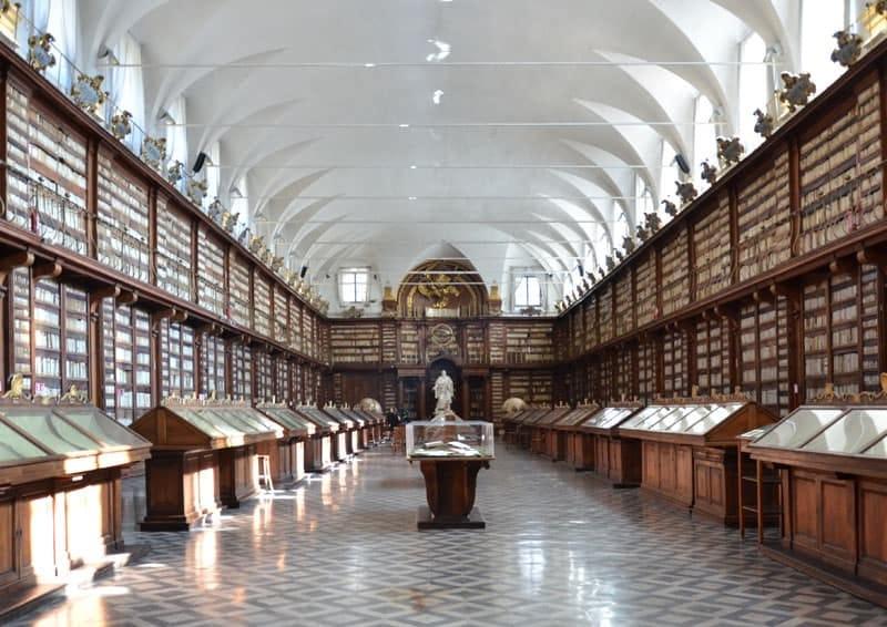 la Biblioteca Casanatense: quando la cultura si fa bella | design ...