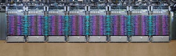 Cloud TPU Pods break AI Training Records