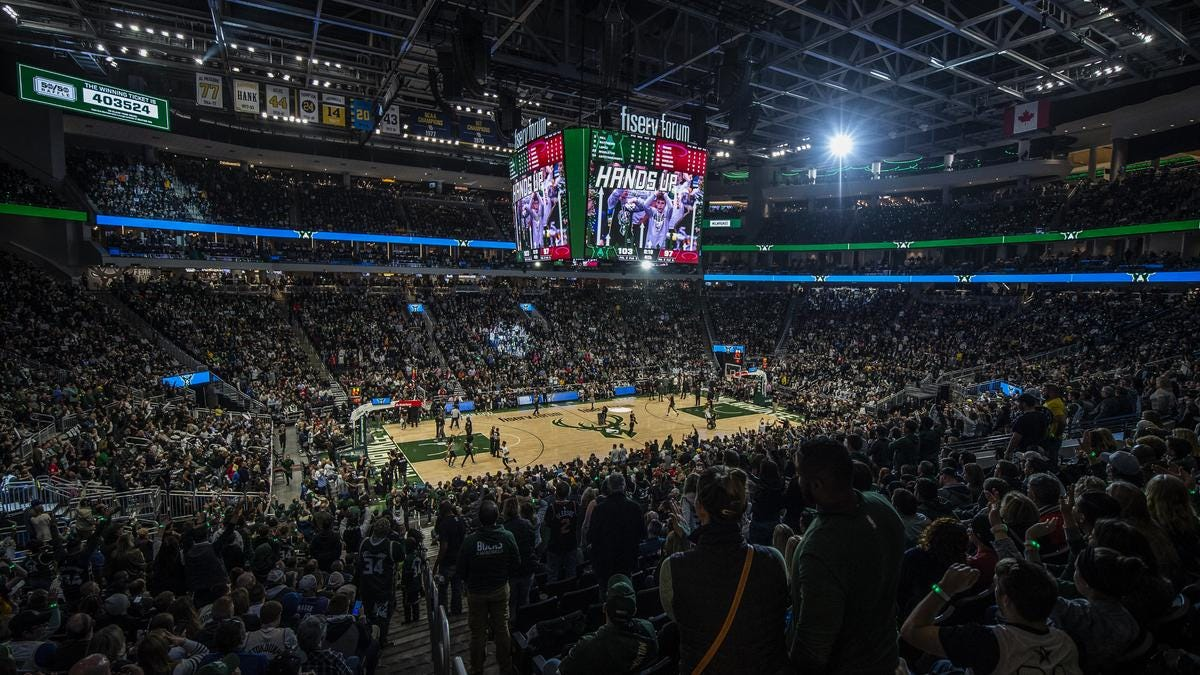 Scenes from Milwaukee Bucks' sold-out home opener: Slideshow - Milwaukee  Business Journal