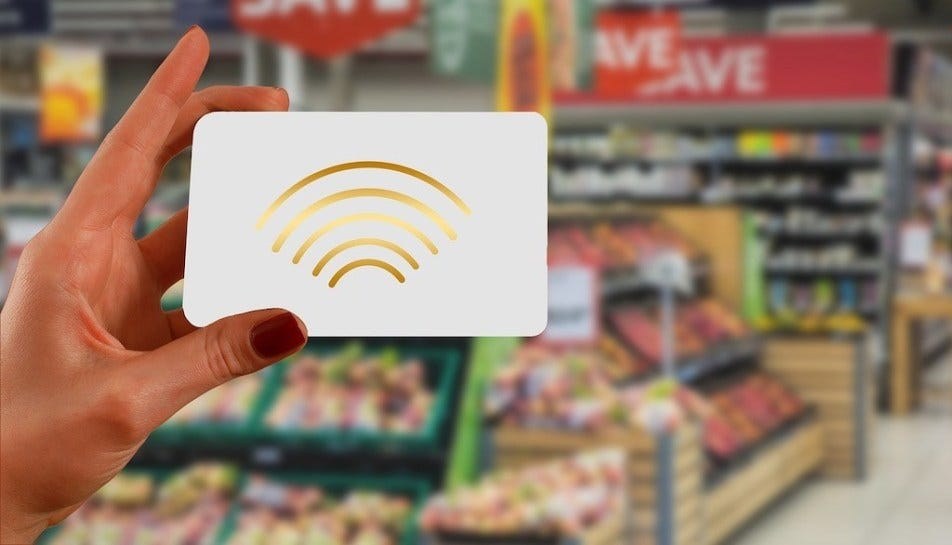 Shopping-card-wirelessm-card-scan-Gerd-Altmann-Pixabay.jpg