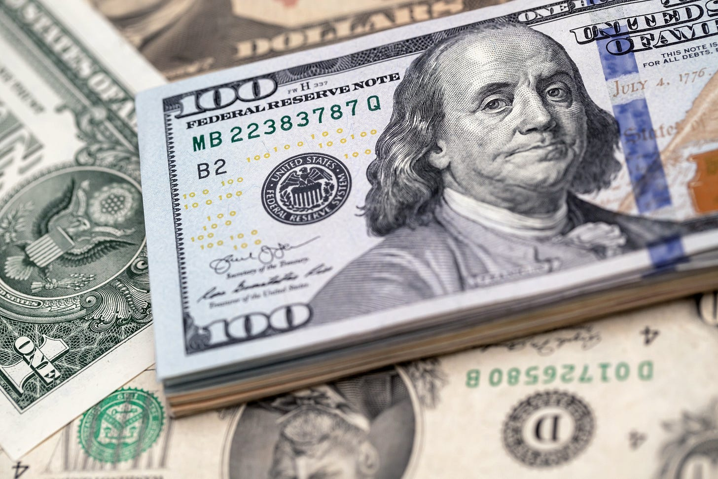 Why the U.S. Dollar Is More Robust Than It Looks - Bloomberg