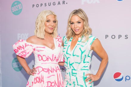 LOS ANGELES, CALIFORNIA - AUGUST 03: Tori Spelling and Jennie Garth attend the Beverly Hills 90210 Peach Pit Pop-Up on August 03, 2019 in Los Angeles, California. (Photo by Emma McIntyre/Getty Images)