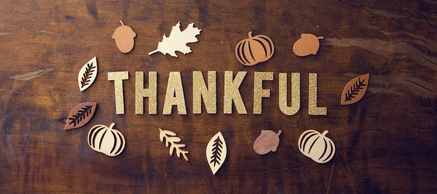 Thankful with Thanksgiving symbols