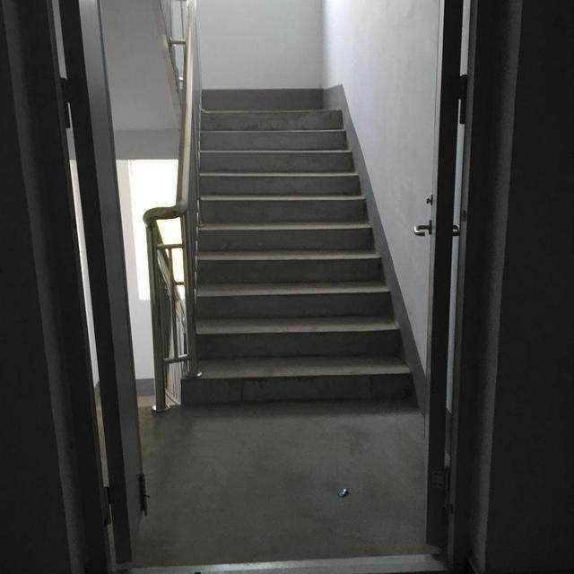 大门正对楼梯风水大忌之破解方法
