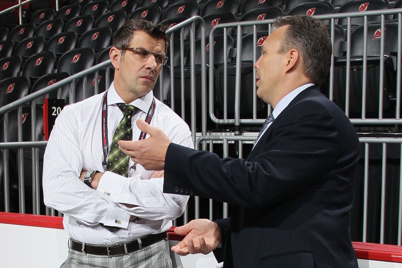 Evaluating the two general managers that came from Chicago; Bergevin vs  Cheveldayoff - Eyes On The Prize