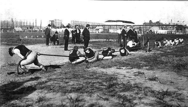 File:1904 tug of war.jpg