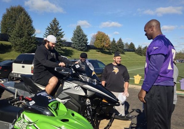 Vikings RB Adrian Peterson rewards O-line for 2012 with snowmobiles -  CBSSports.com