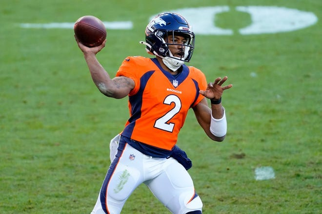 Kendall Hinton, Broncos' WR-turned-QB, goes 1-for-9 with two INTs