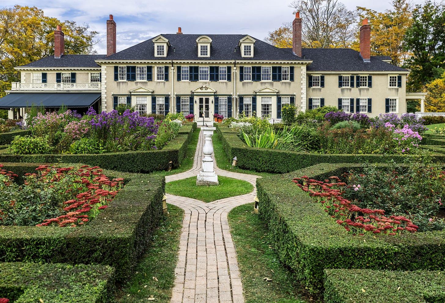 Hildene mansion and formal garden at Manchester in Vermont.