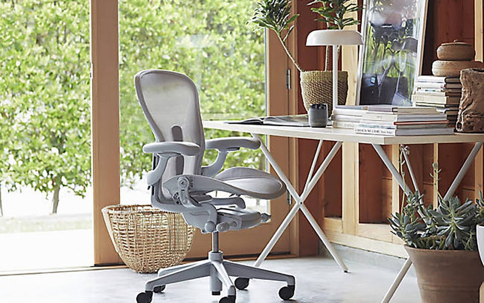 Review: I Tried the $1,400 Herman Miller Aeron Chair for a Week | SPY