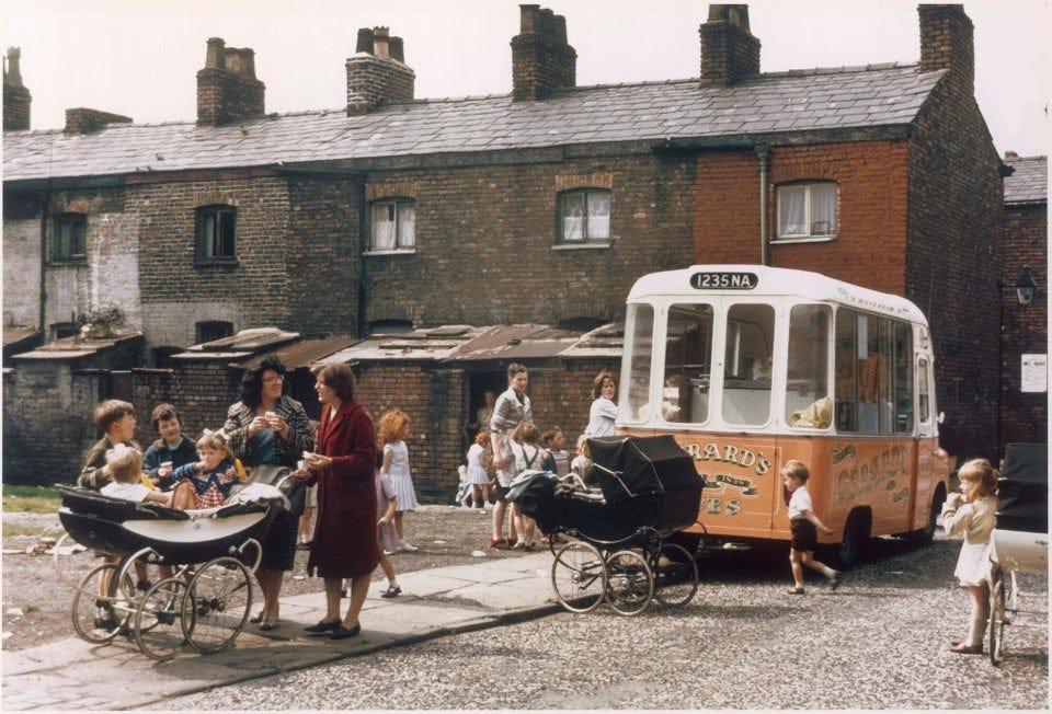 r/manchester - Ice cream van, Hulme, Manchester England 1965