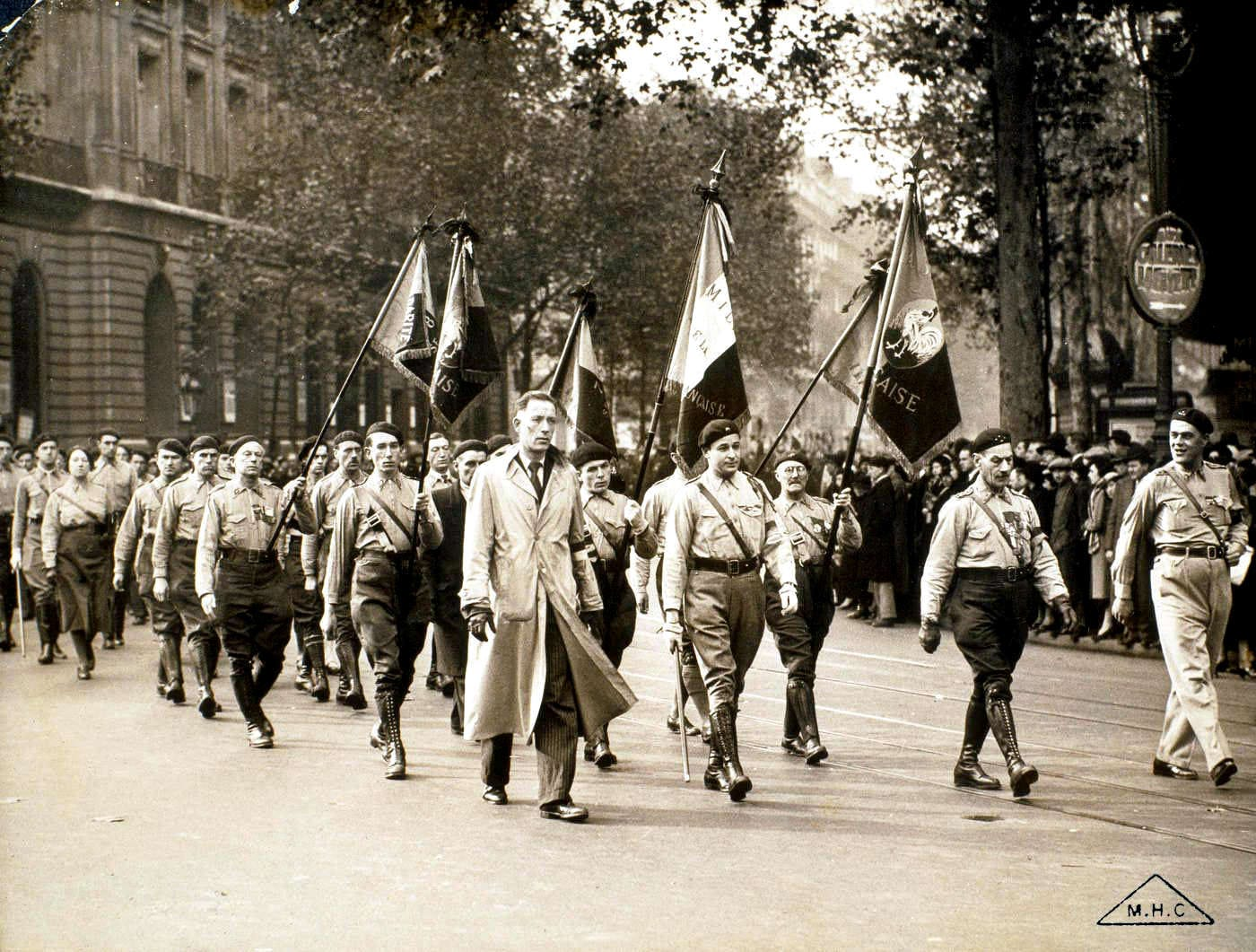 Les ligues des années 1930 | L'histoire par l'image