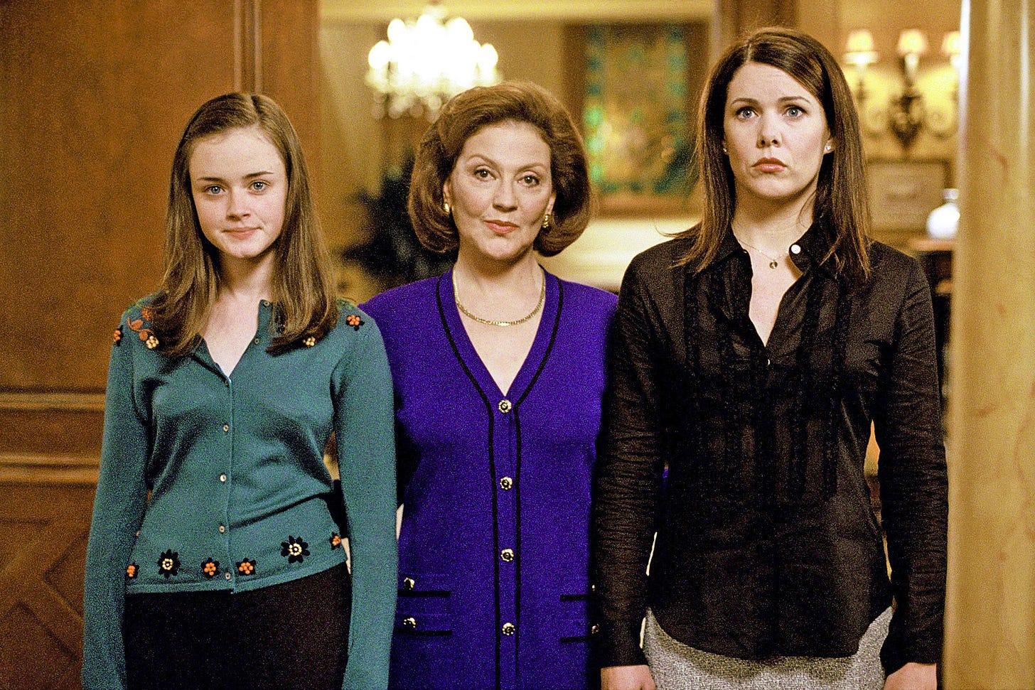 Gilmore Girls reunion photo: See the cast now! | EW.com