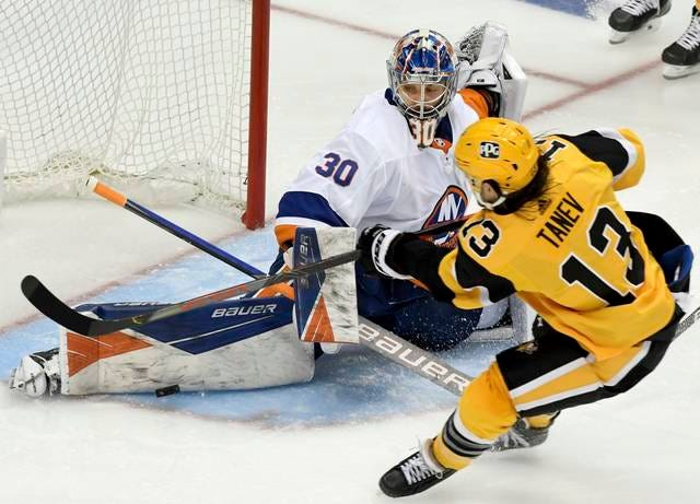Ilya Sorokin the latest goalie to serve as Penguins' playoff kryptonite |  TribLIVE.com