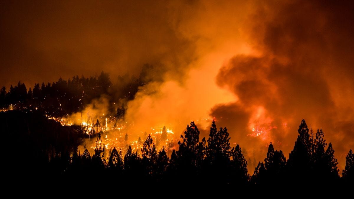 91 wildfires are now burning across the US, with Oregon's Bootleg Fire  growing to over 400,000 acres | CNN