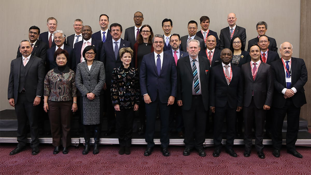 WTO | 2018 News items - Davos: DG Azevêdo calls on members to match words  of support for the WTO with deeds