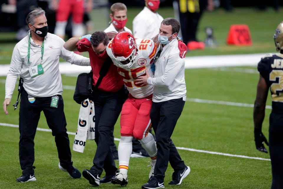 Chiefs lose RB Clyde Edwards-Helaire to leg/hip injury in win over Saints
