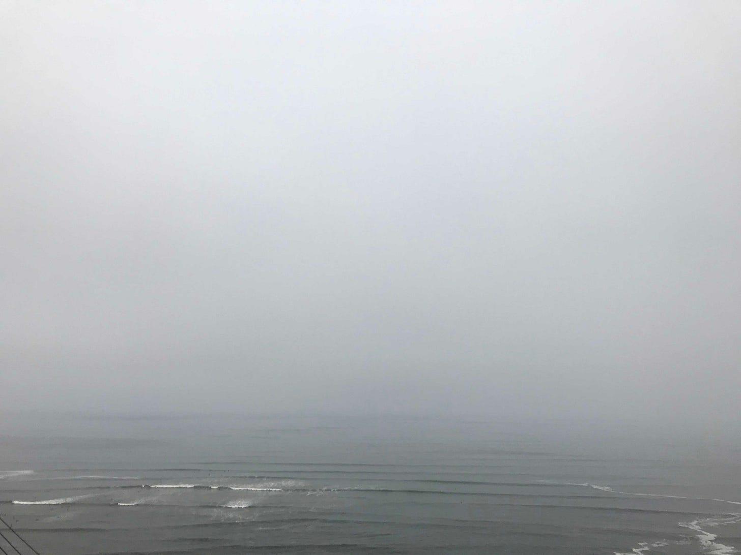Lima Horizon_foggy Malecon