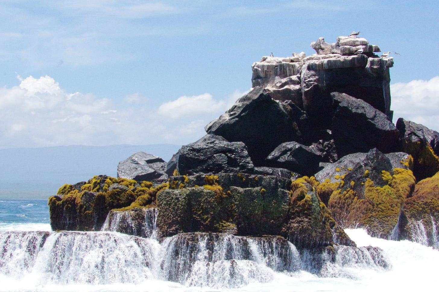 An exquisite rock en route to Los Tuneles. Photo by Bret, 3-29-16