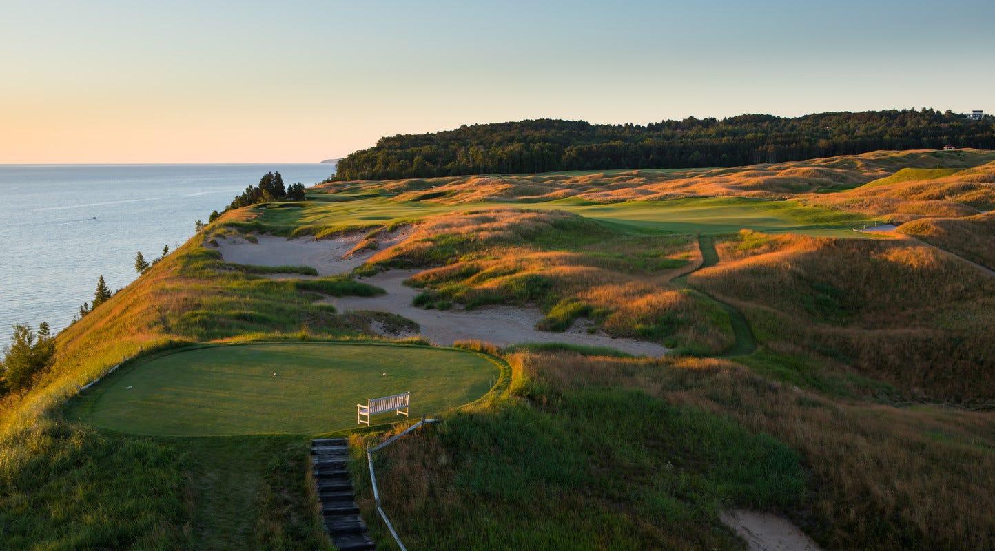 The Bluffs Course | Arcadia Bluffs
