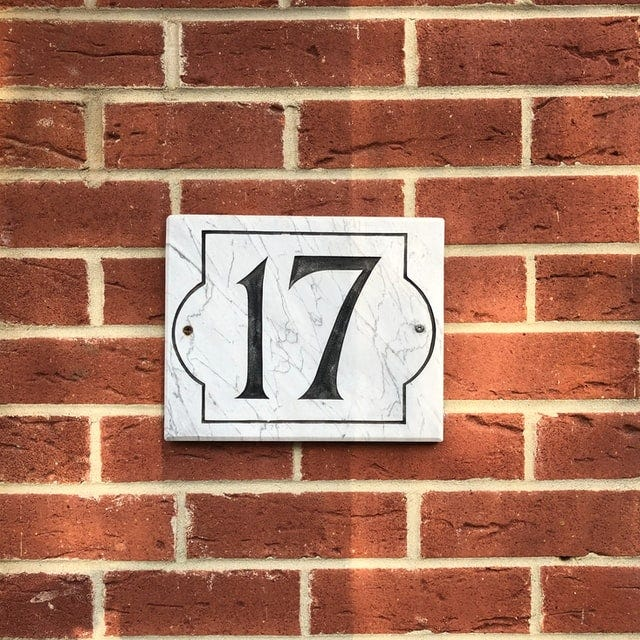 """Plaque with the number """"17"""""""