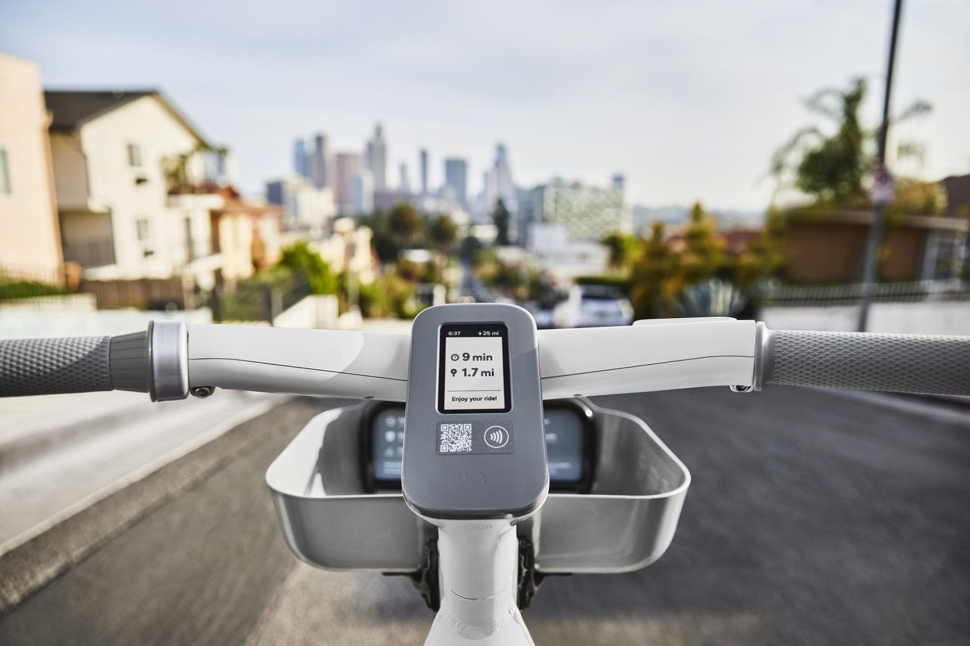 relates to Lyft's New E-Bike Aims to Conquer the Post-Pandemic City