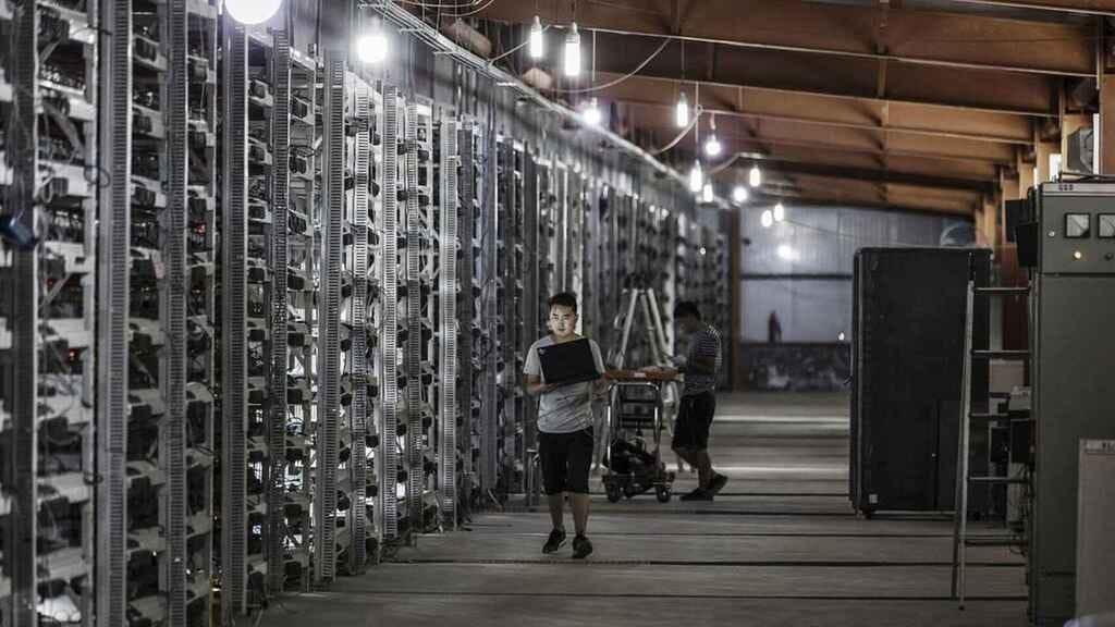 Breve historia de la minería Bitcoin: de un Pentium 4 a inversiones  millonarias