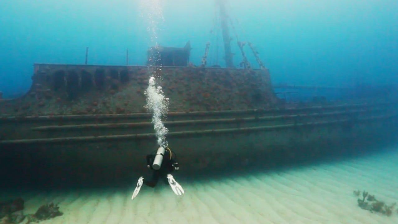 Bermuda's Top Shipwreck Dives // Go To Bermuda