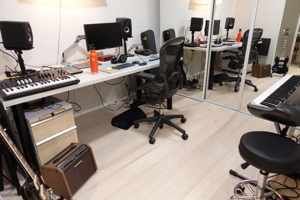 Elliott's Studio