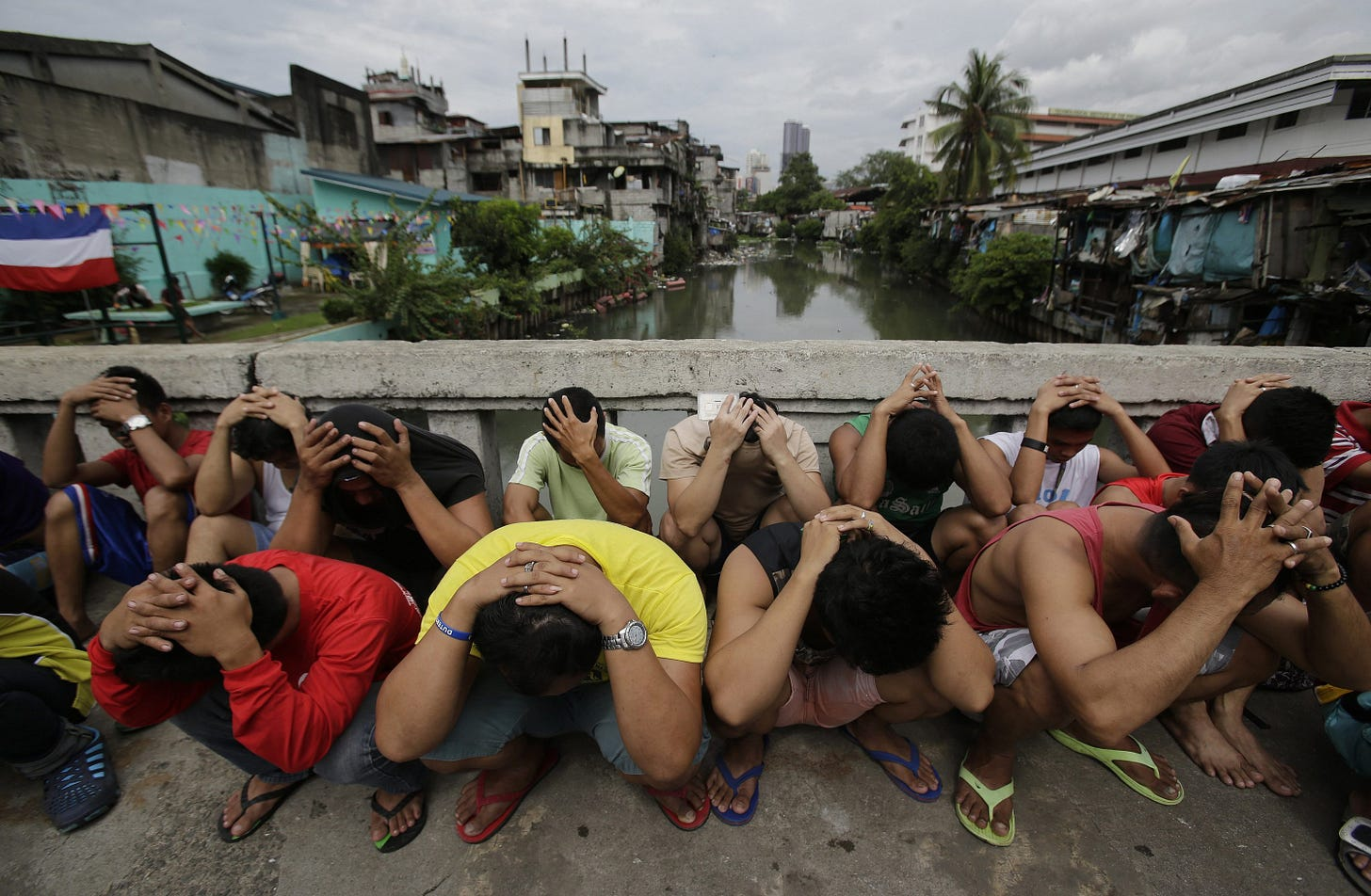 8,000 killed in Philippines' drug war since 2016 | Daily Sabah