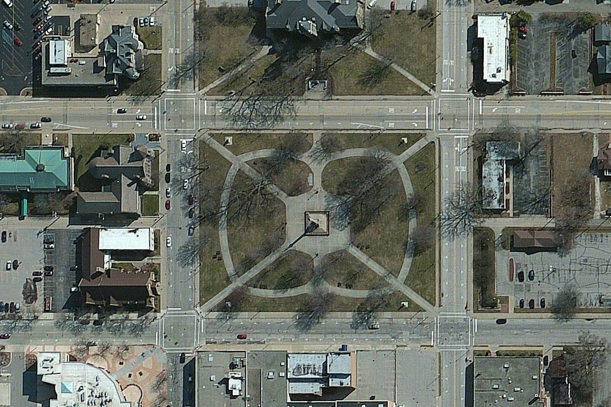 DigitalGlobe high-resolution imagery of Hackley Park in Muskegon, Michigan.