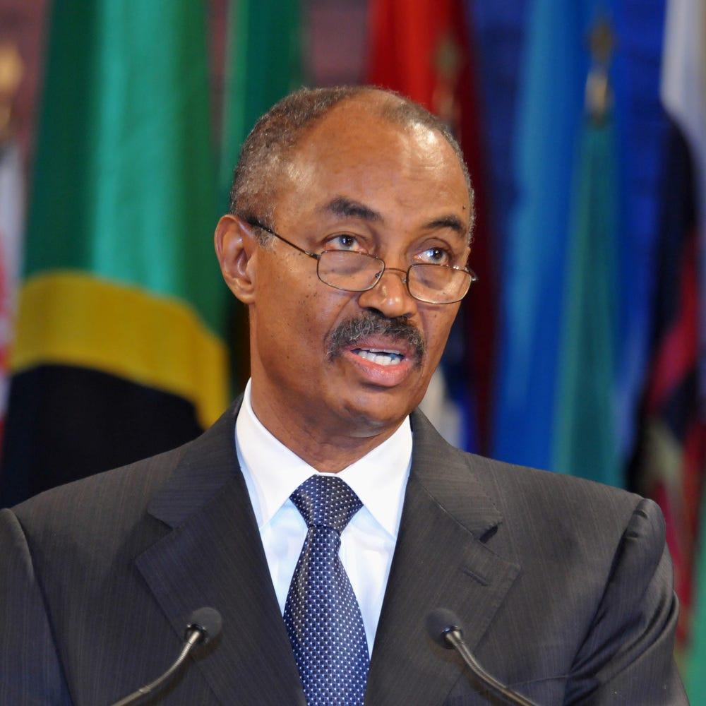 35th General Conference: Visit of Mr Amani Abeid Karume, President ...