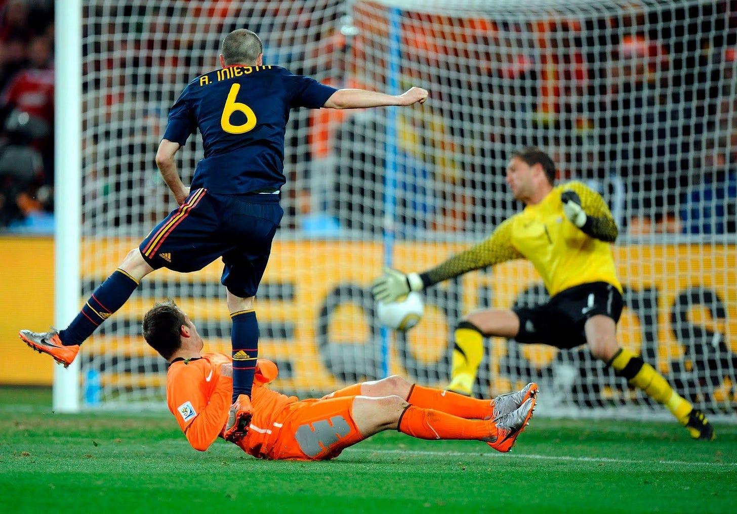 Gol de Iniesta en el Mundial. #España #Fútbol #Iniesta | Fotos de fútbol,  Gol de iniesta, España futbol