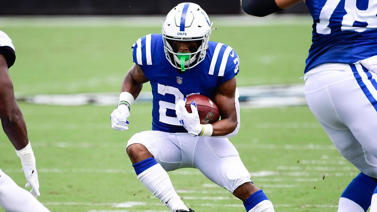 Nyheim Hines agrees to three-year contract extension with Colts, becomes  top-10 highest-paid back, per report - CBSSports.com