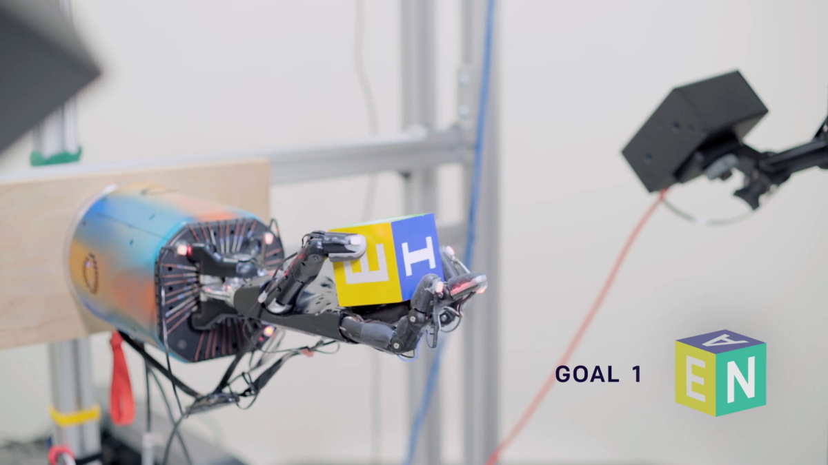 OpenAI's 'state-of-the-art' system gives robots humanlike dexterity |  VentureBeat