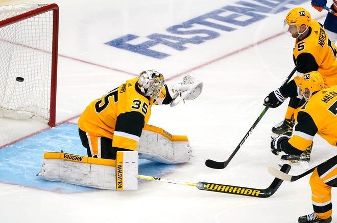 NHL scores: Tristan Jarry gaffe costs Penguins; Jets sweep Oilers