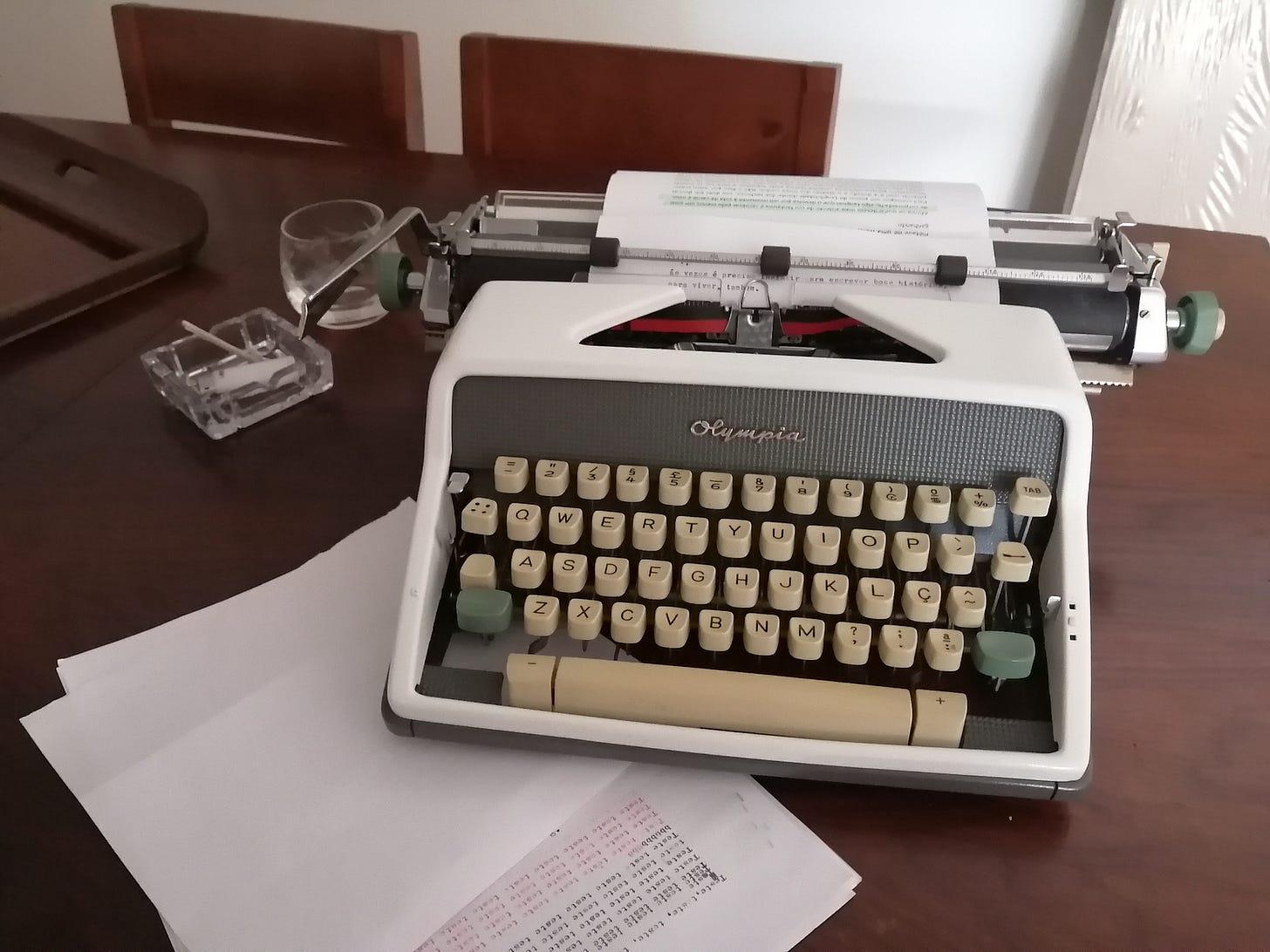 escrever na máquina: ambiência é tudo
