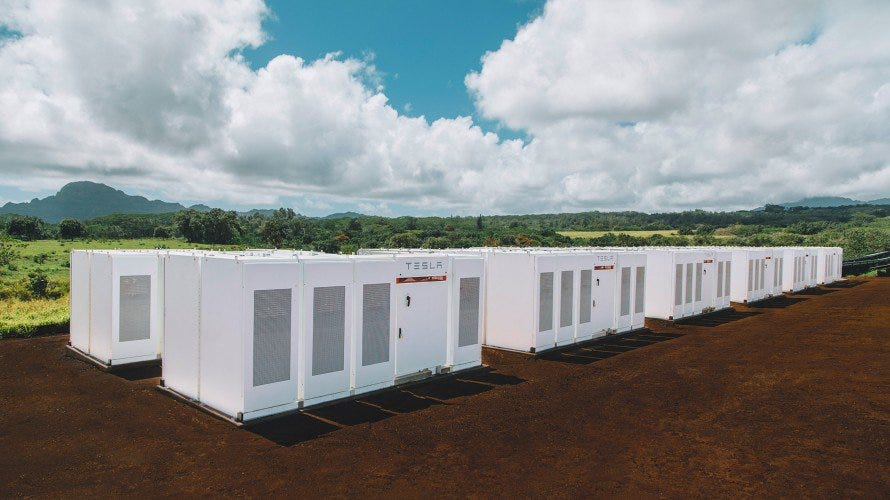Telsa's grid battery plant in Kauaʻi, Hawaii.