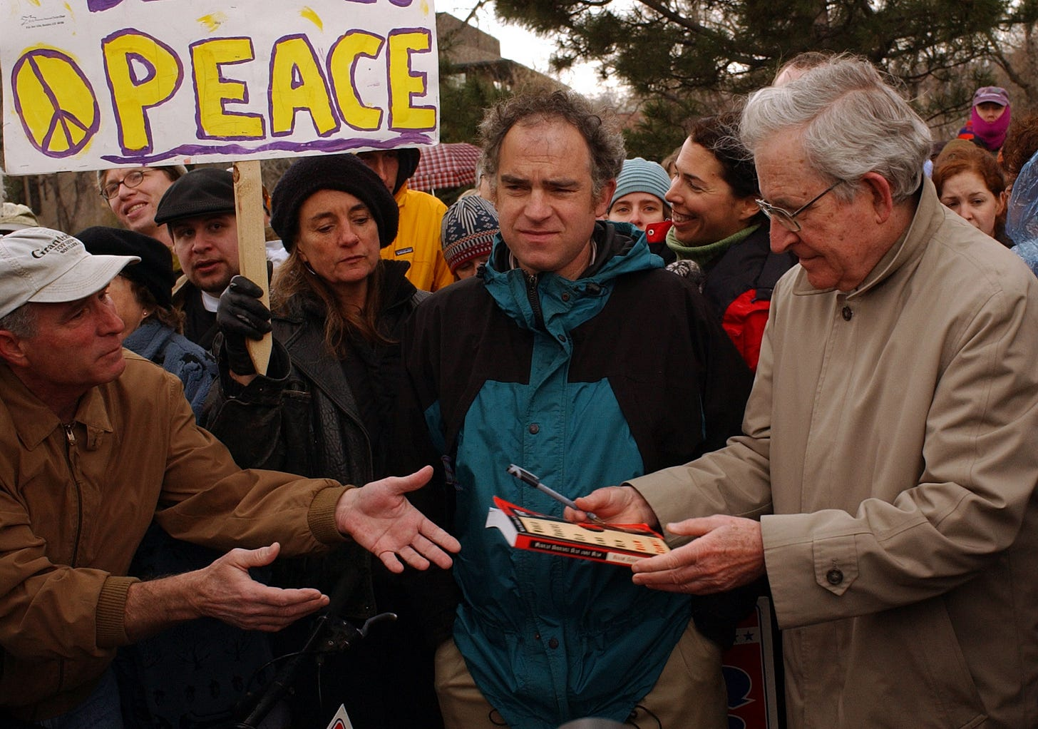 Will Toor & Noam Chomsky in 2003. (Photo: Getty Images)