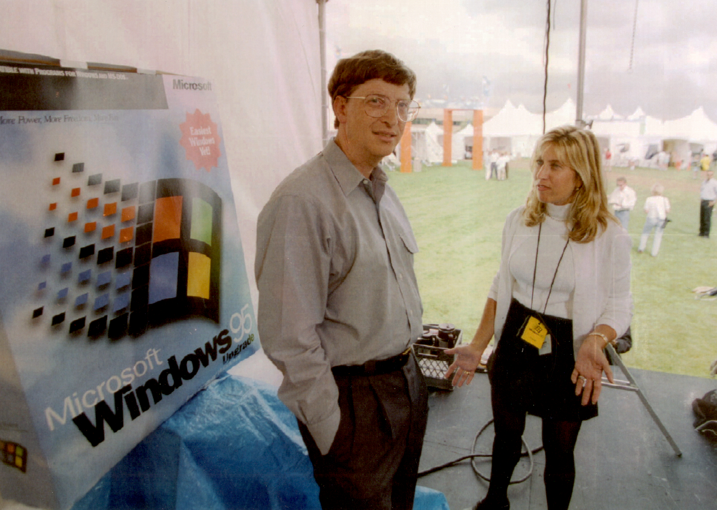 Photo of bill gates behind the scenes preparing for the Windows 95 launch the day before.