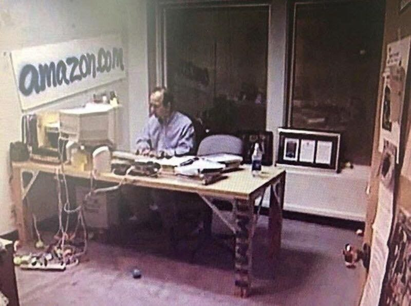 The richest man in the world, Jeff Bezos, in his executive office back in  1999. : pics
