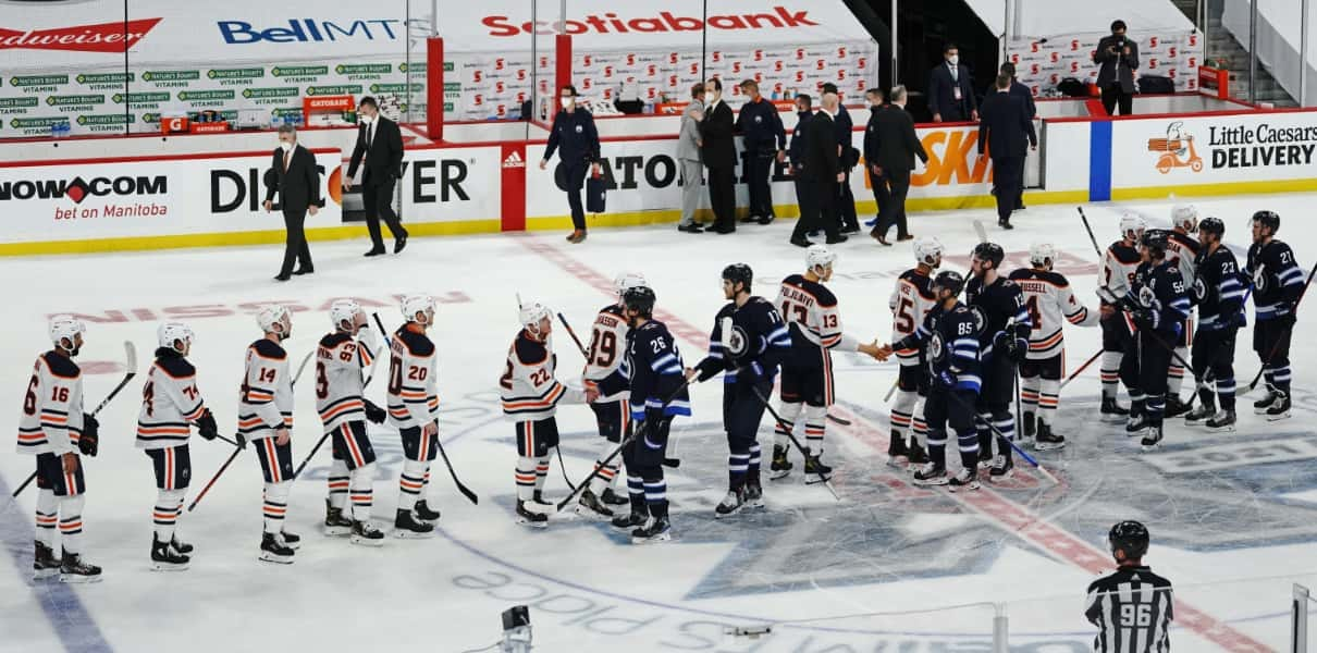 McDavid and Oilers Swept Away, The Legend of Seltzy, and Other Blackhawks  Bullets